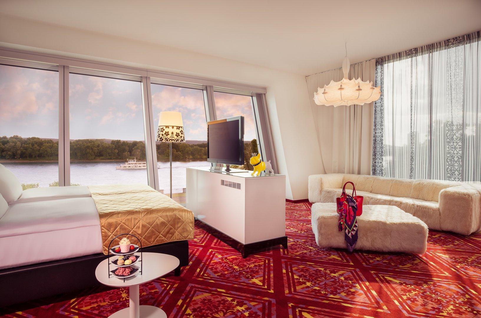 moderne hotels diva suite kameha grand bonn. Black Bedroom Furniture Sets. Home Design Ideas